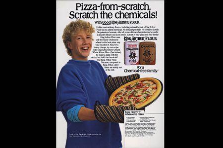 1kid_w_pizza_ad.jpg