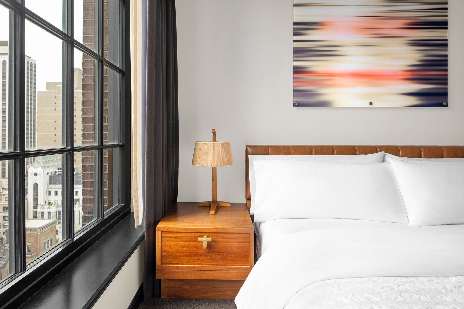 MER_NYCMO_Central_Park_Suite_Bedroom_Detail.jpg