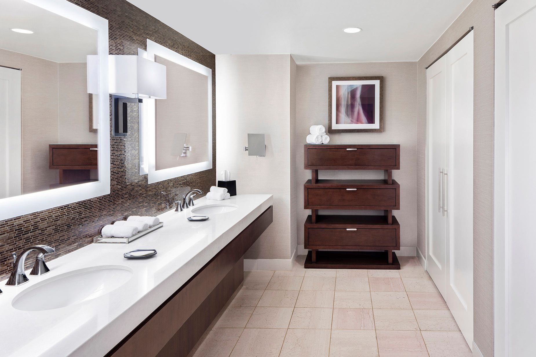 WES_ATLWB_Goveners_Suite_Bathroom.jpg