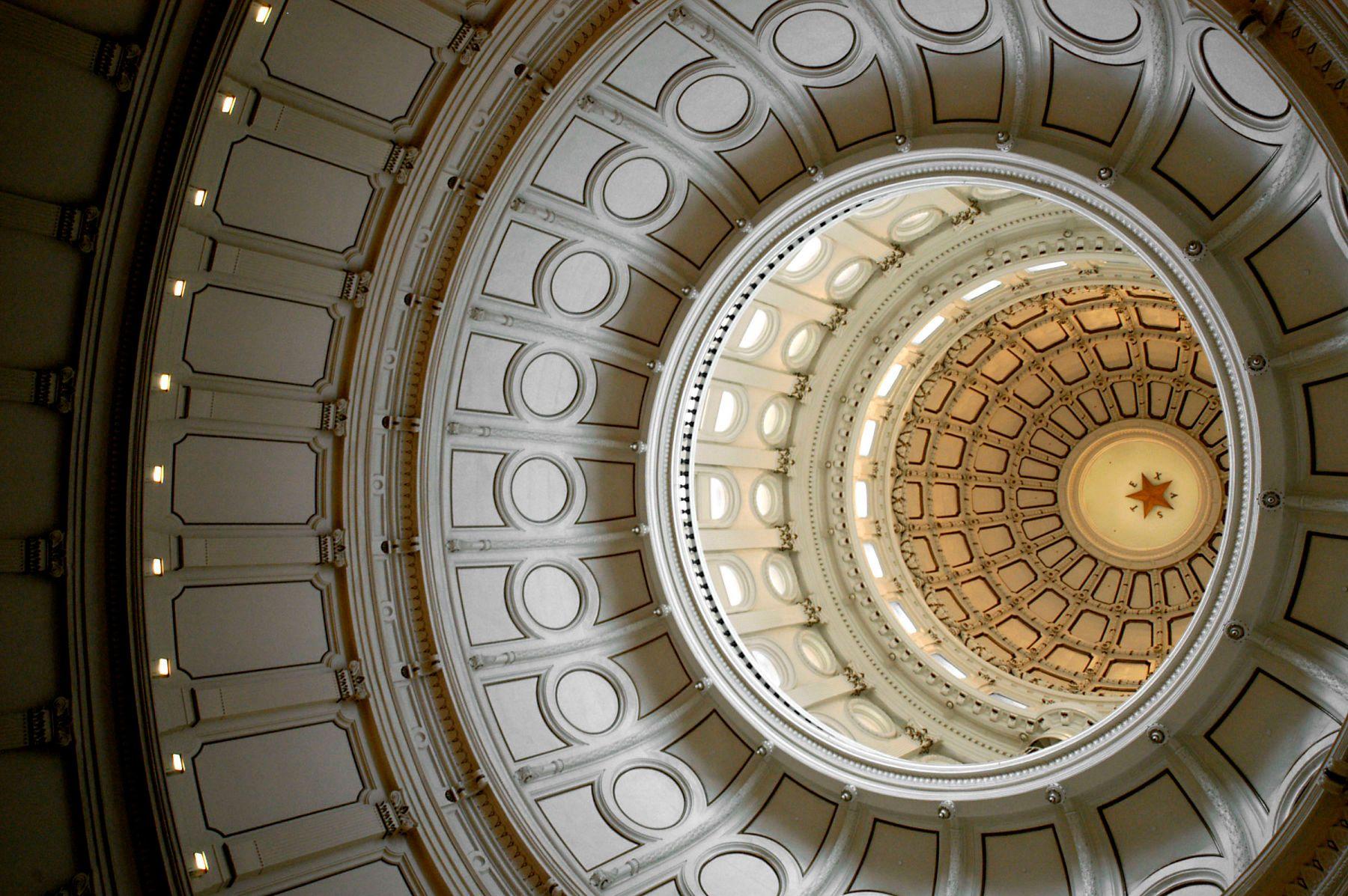 1capital_dome___austin__texas.jpg
