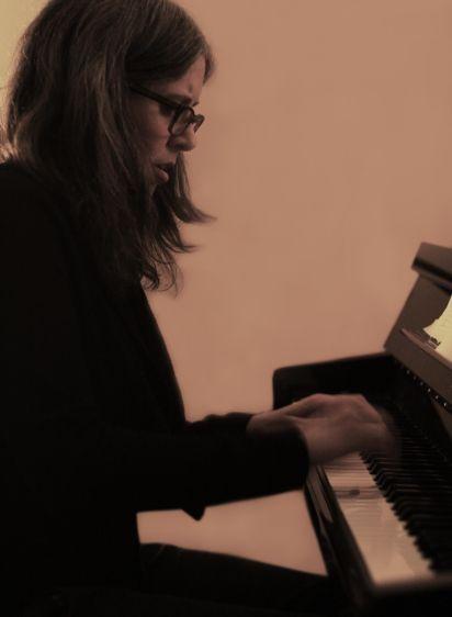1tania_gill_quartet_piano