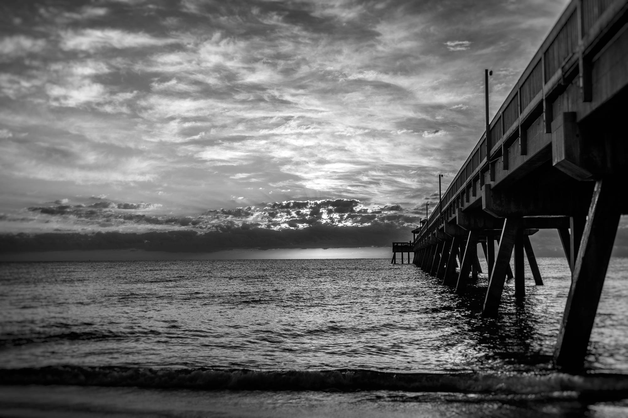 Pier-BW-00780-4.jpg