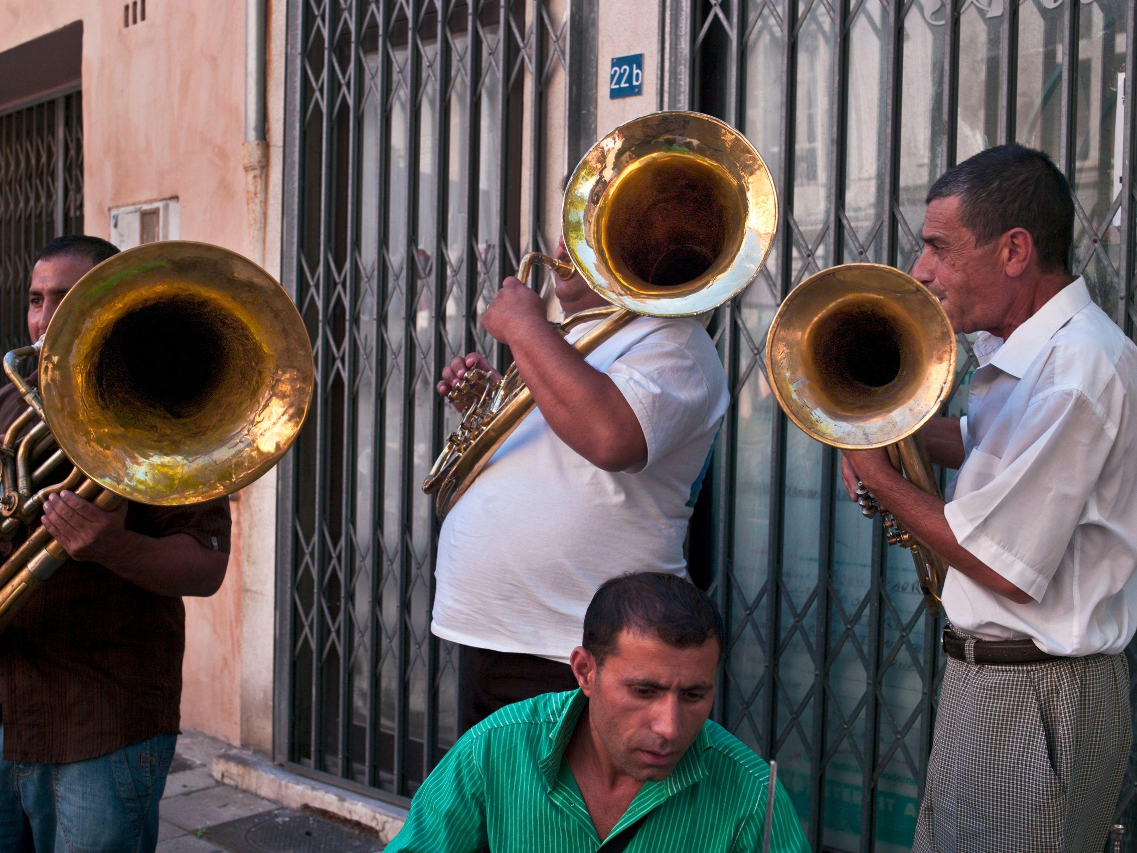 Three Horns, Arles France