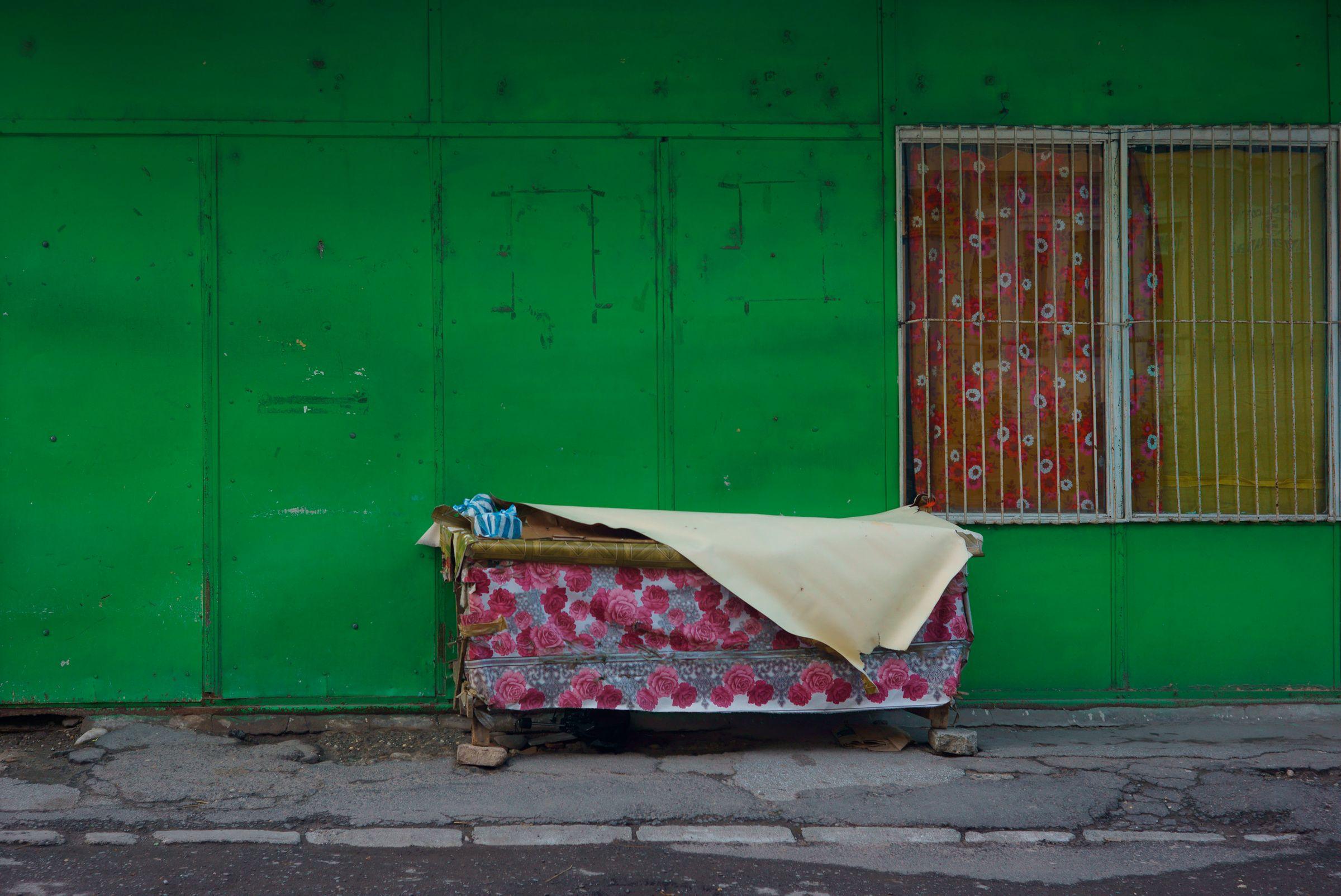Market Dumpster, SIbui