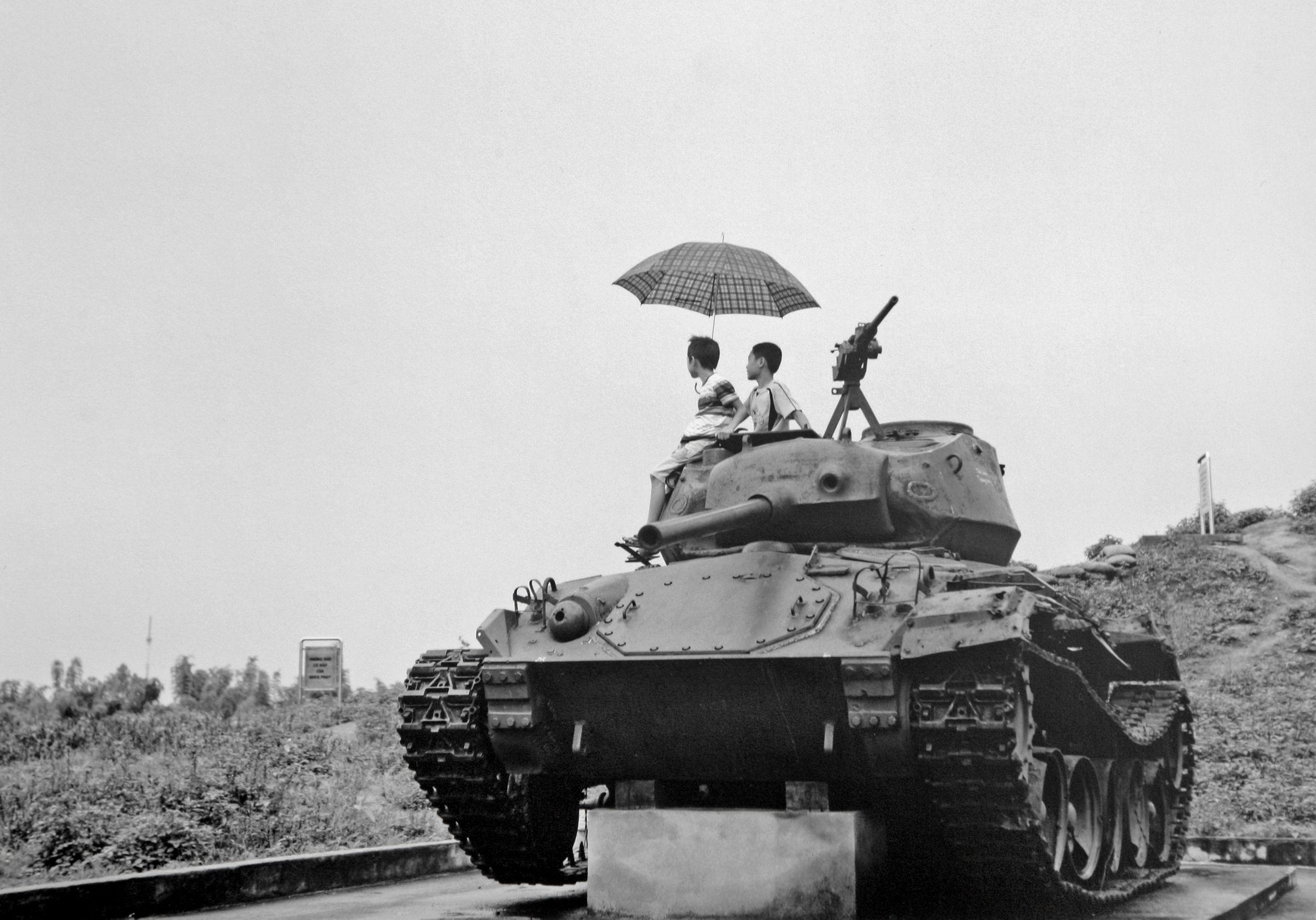 Tank at Dien Bien Phy