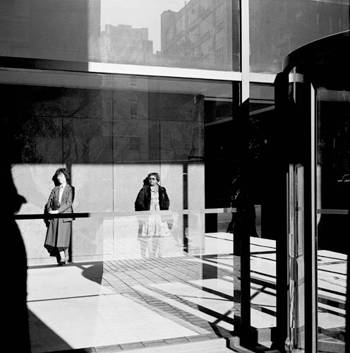 1039_sf_2_w_behind_glass_partition_9_13_81___sw_edit_height_500px