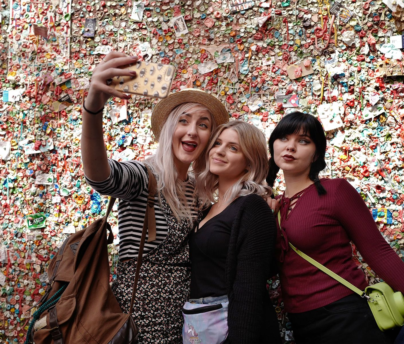 Selfie girls at the gum wall, Seattle
