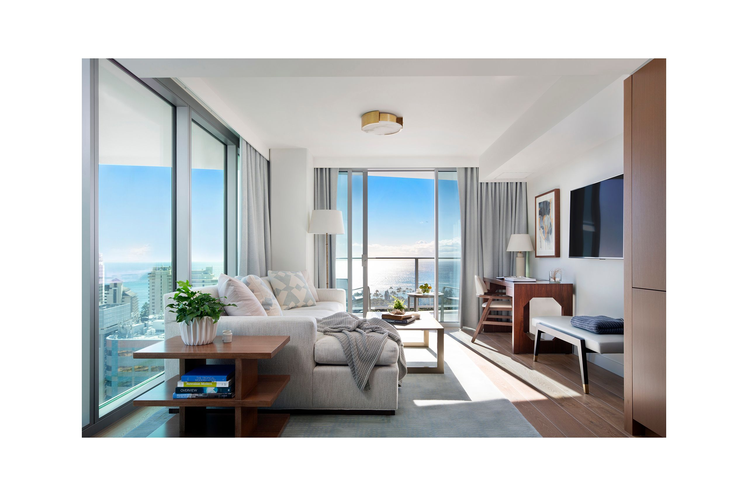 NEWLIVEBOOKS-RitzCarlton-LivingRoom.jpg