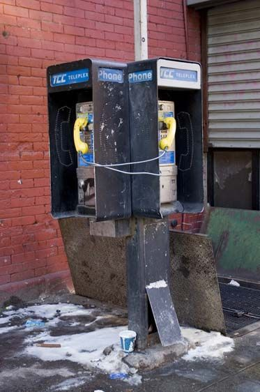 Interconnection I, Telephones, New York, 2009.