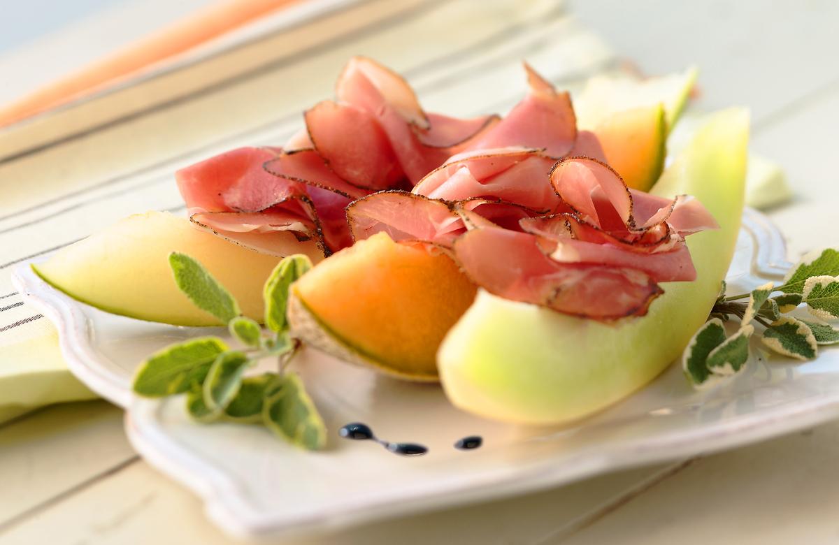 Cantalop-and-ham.jpg
