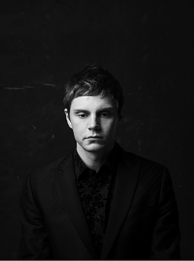 Evan-Peters-crop1.jpg