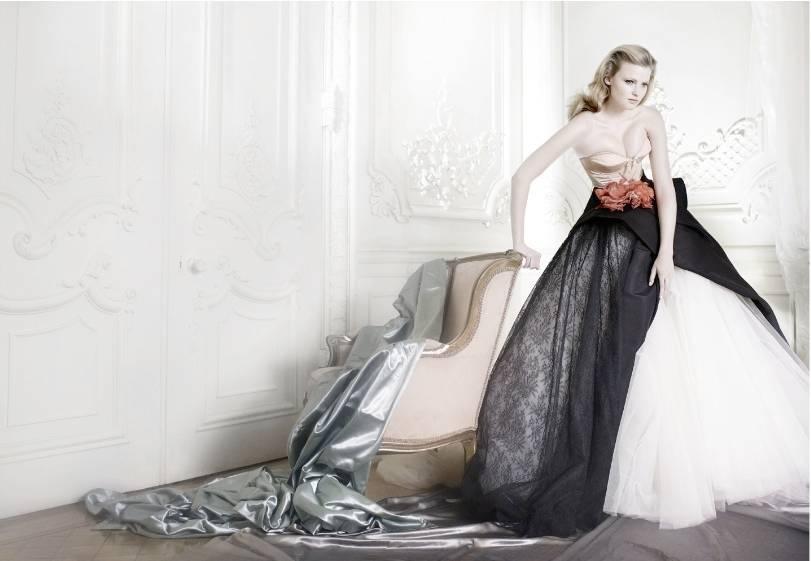 1Lara_Stone_British_Vogue___2.jpg