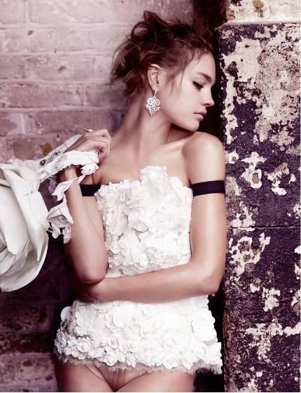 1Natalia_British_Vogue_2___2.jpg