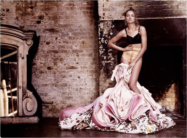 1Natalia_British_Vogue_2___1.jpg