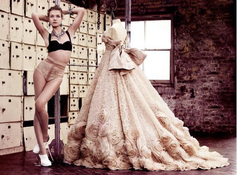 1Natalia_British_Vogue_2___4.jpg