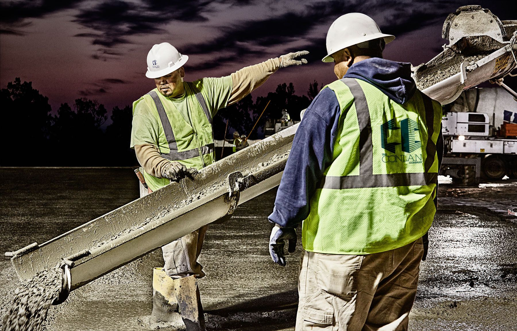 1people_working_man_construction_concrete_hardhat_location_outdoors
