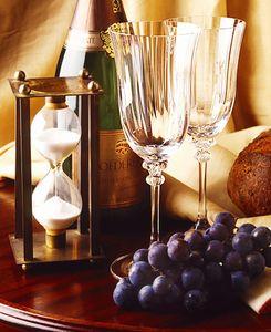 1Glasses_Grapes