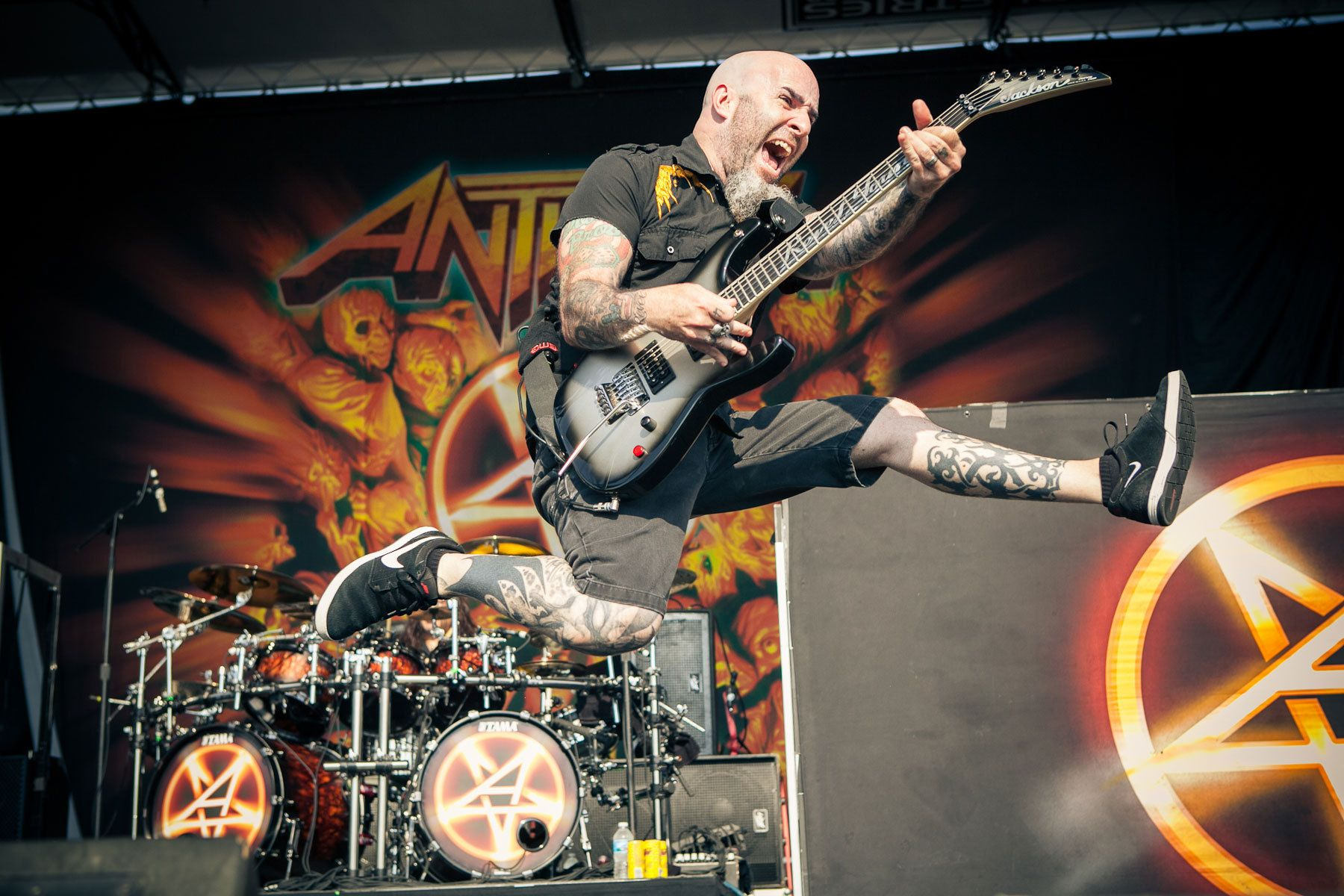 Scott Ian: Athrax.  Rockstar Mayhem Fest, NJ.