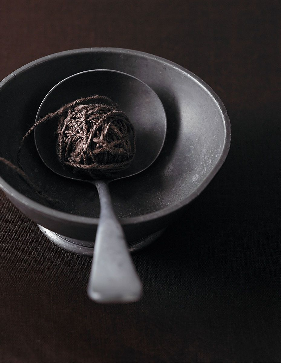 1yarn_in_bowl_dasha_wright_still_life_photographer
