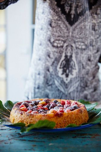 Tara Stevens Cooking School Tarastevens@gmail.com  212 677 848 687 Fez. Medina. Simple almond cake with berries