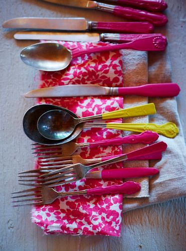 Heather painting spoons and jars A120730_HeatherChontos_Montana_109207