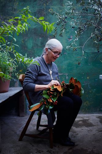 Mother In Law, Tyler Florence, Flower arranging