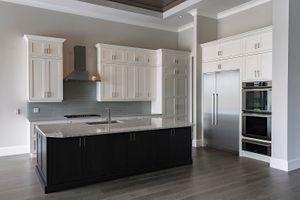 002 Kitchen-.jpg