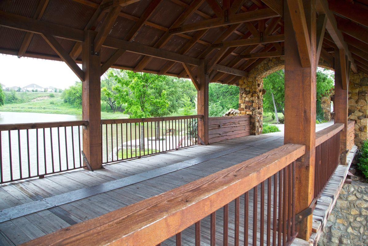 Sanders Hitch Traditional Home Photo Video Shoot Location Landscape Bridges  12.jpg