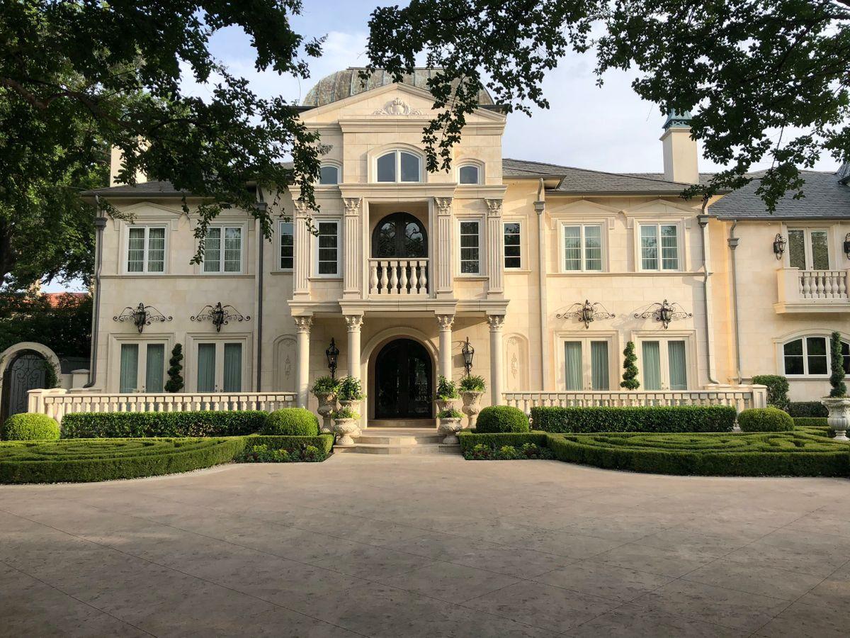 Falls Mansion Photo Video Shoot Location  Dallas 65.jpg