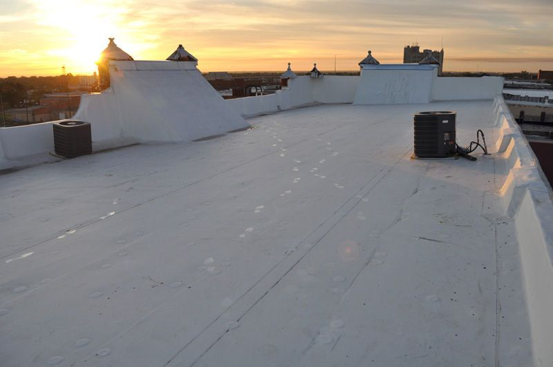 1r100w_rooftop.jpg