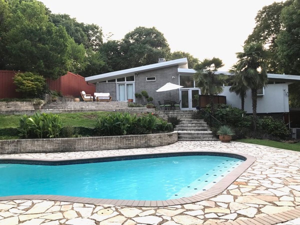 Lara Mid Century Modern Home Photo Video Location Shoot Dallas 24.jpeg