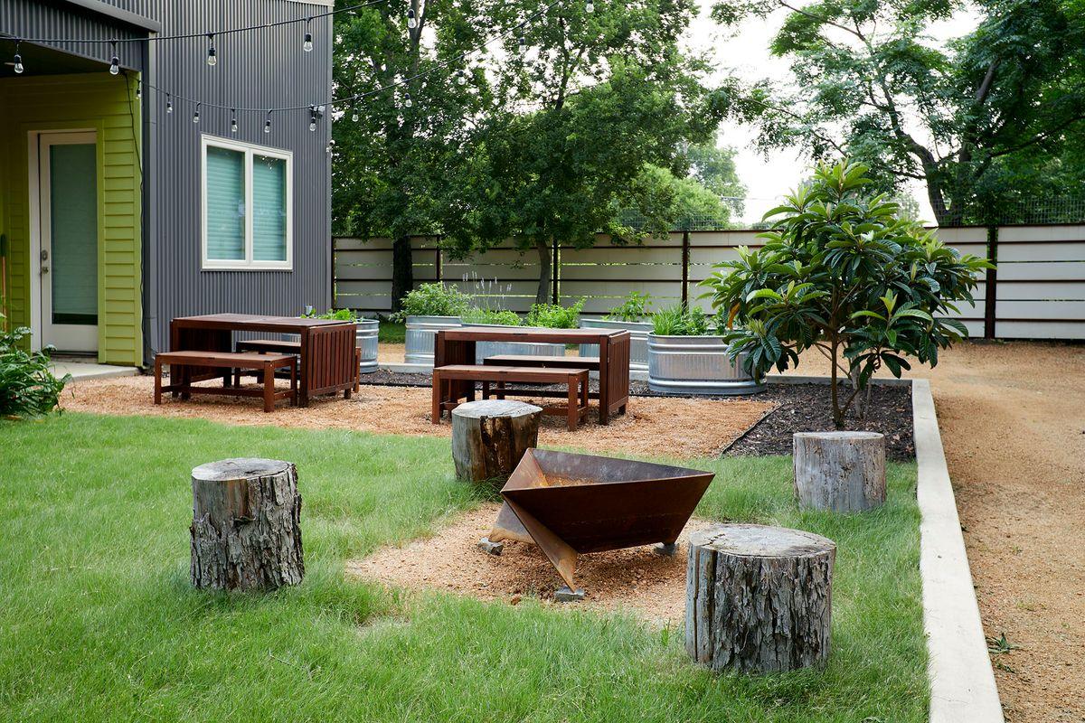 Ceadars Art House Contemporary Home Photo Video Shoot Location Dallas 06.jpg