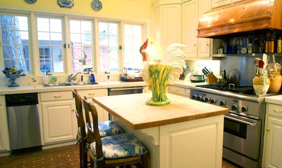 109_kitchen_mccoy.jpg