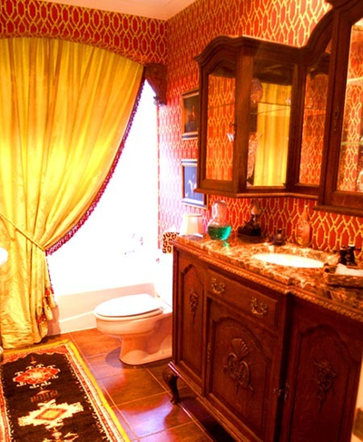 1r23_bathroom_mccoy.jpg