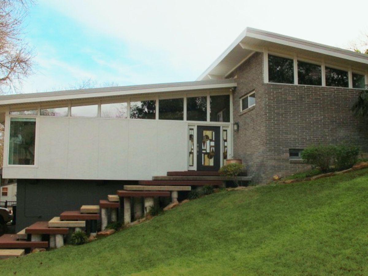 Lara Mid Century Modern Home Photo Video Location Shoot Dallas 19.jpg