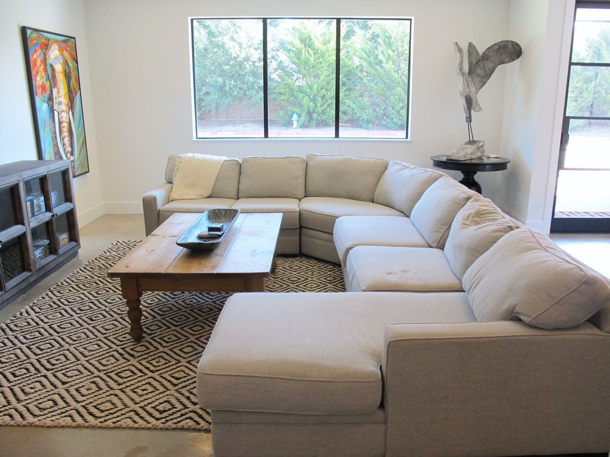 Hanger Contemporary Modern Home Photo Video Shoot Location Dallas 01.jpg