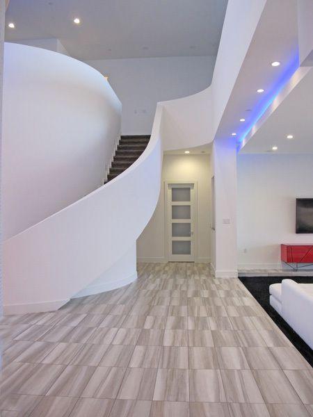 1gstairs2.jpg