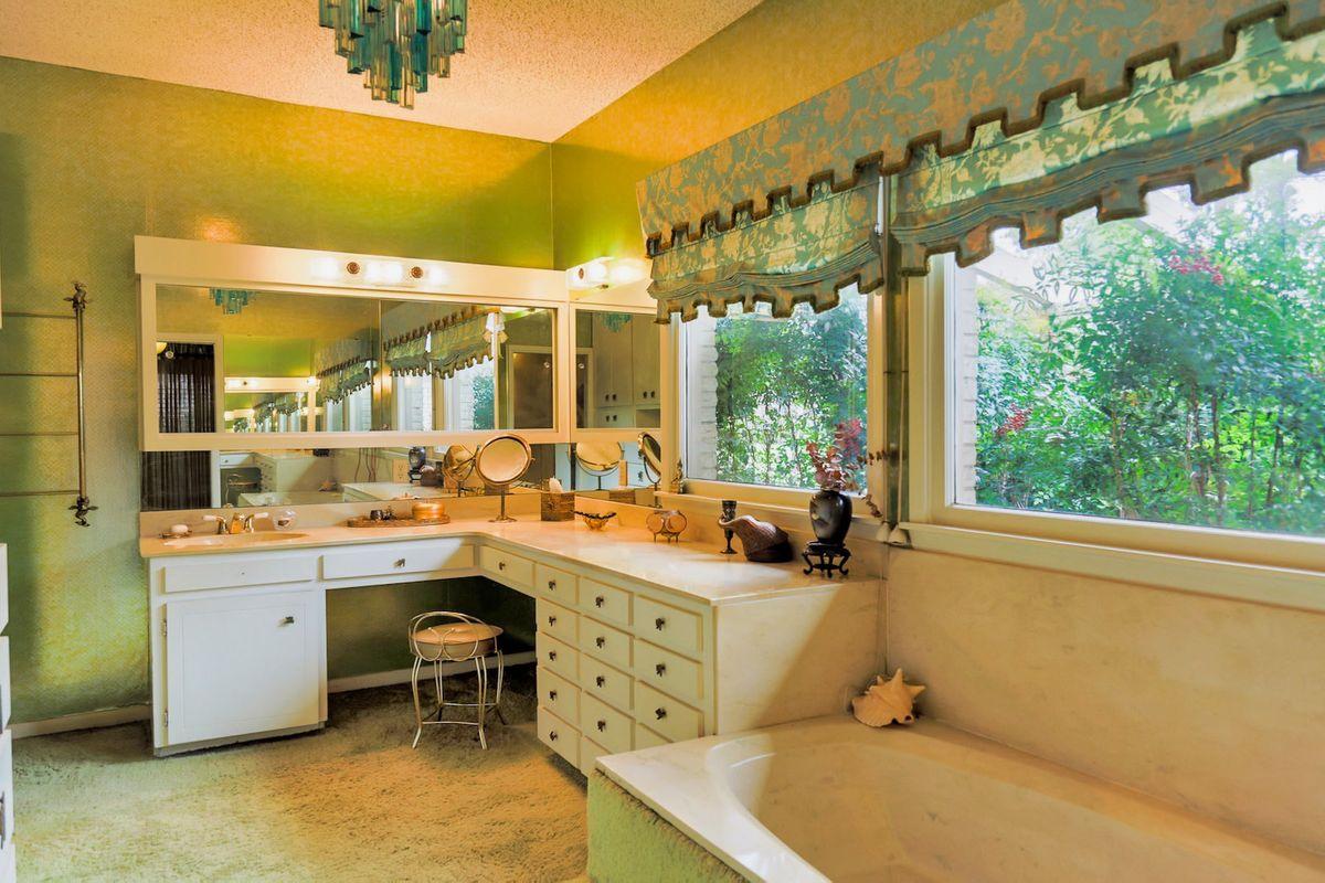 Shagplace Mid Century Modern Home Photo Video Shoot Location Dallas 08.jpeg