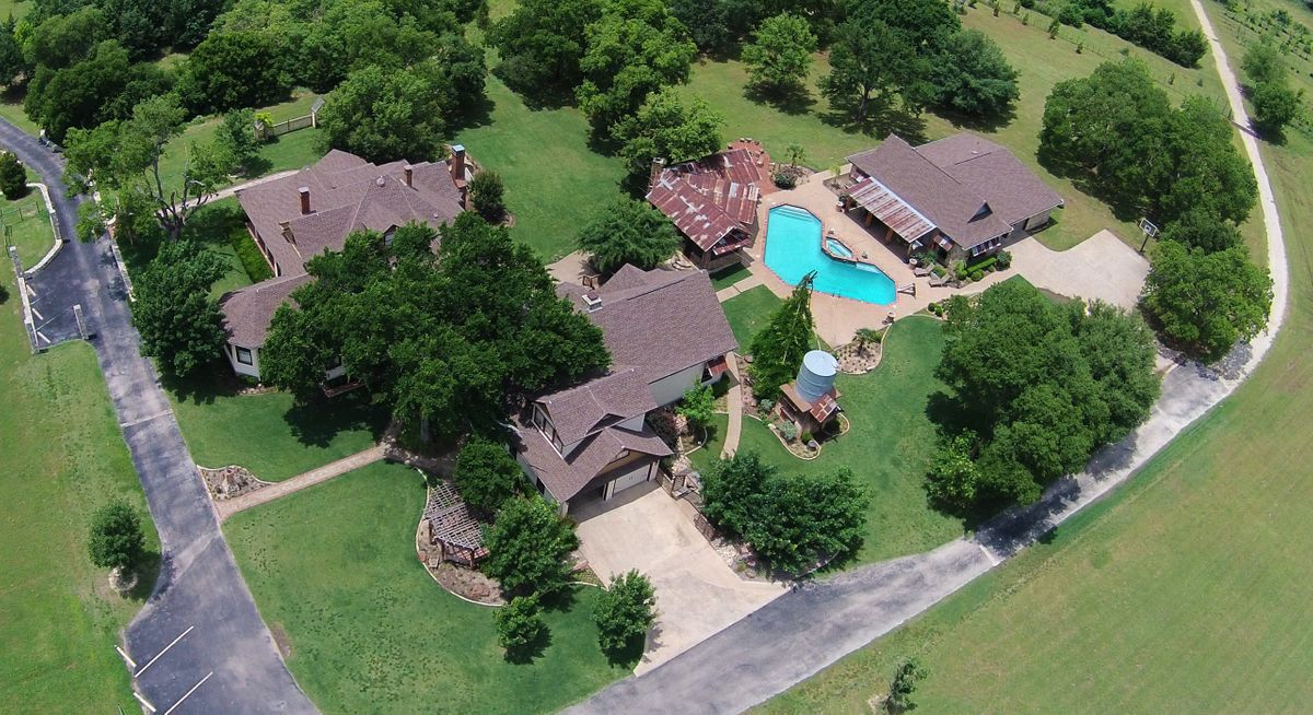 Sanders Hitch Traditional Home Photo Video Shoot Location Landscape Arial  1.JPG