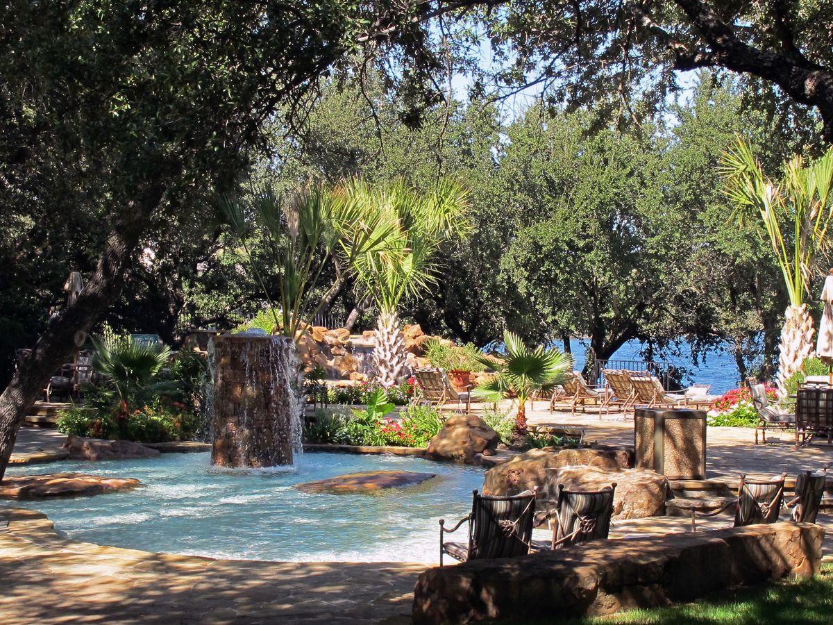 Ranch PK Lake Photo Shoot Location29.jpg