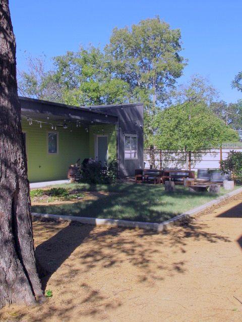 Cedars Art House Contemporary Home Photo Video Shoot Location Dallas20.jpg