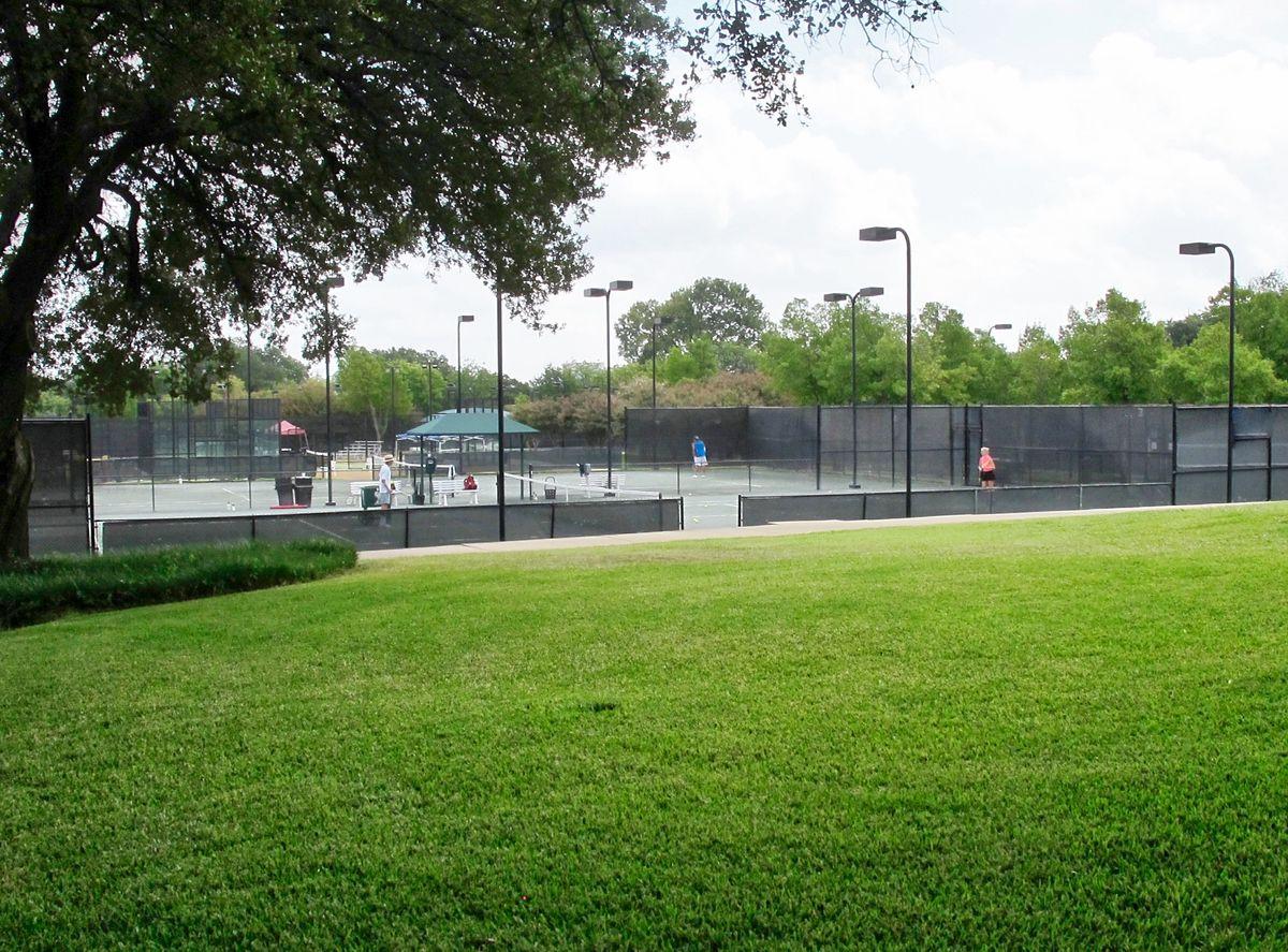 Tennis Pool Club Photo Shoot Location14.JPEG