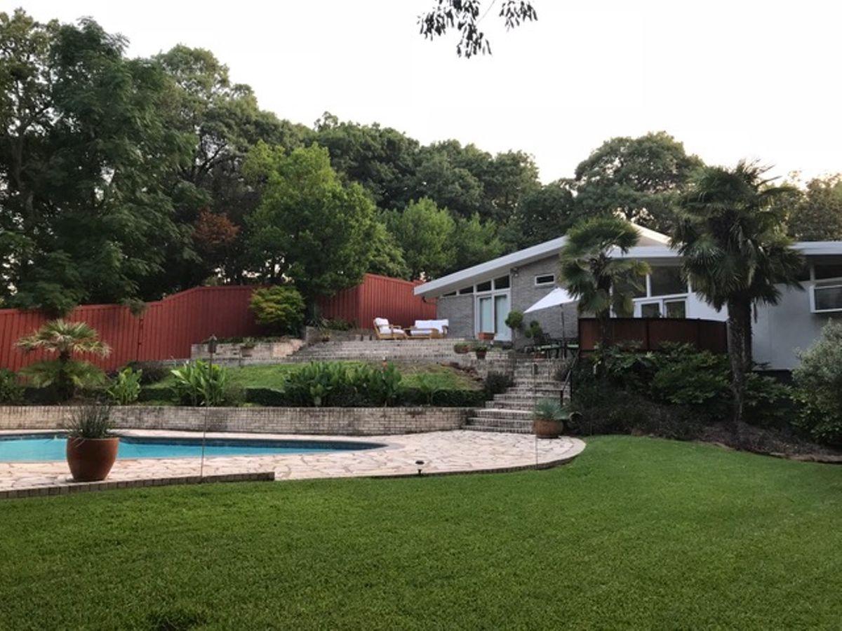 Lara Mid Century Modern Home Photo Video Location Shoot Dallas 22.jpeg