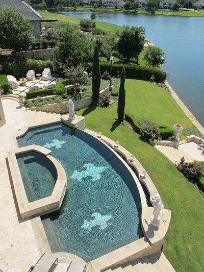 8243_1overview_pool.jpg