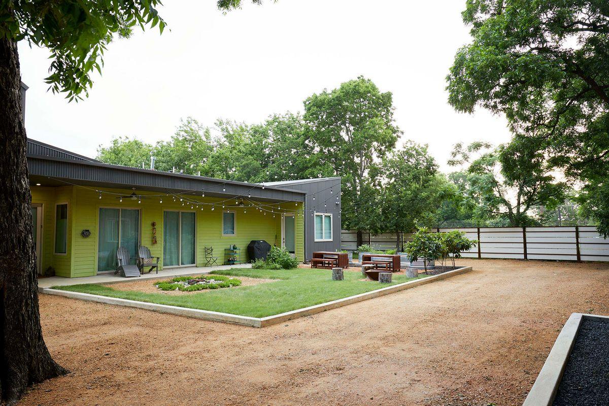 Ceadars Art House Contemporary Home Photo Video Shoot Location Dallas 01.jpg