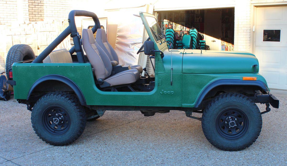 1981 Jeep CJ-7 Car Photo Video Prop Car Vehicle Rental Dallas 0002.jpg