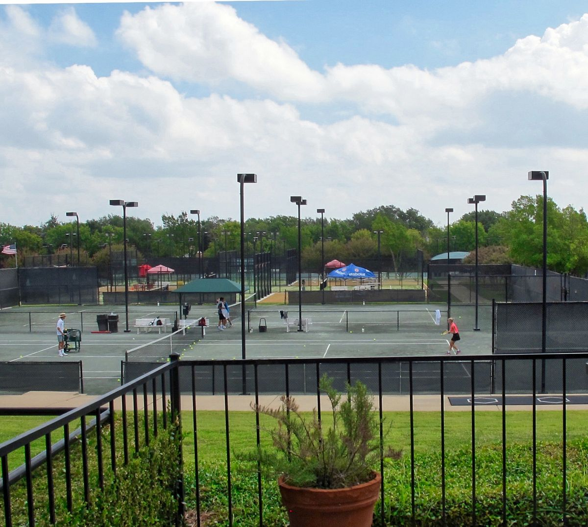 Tennis Pool Club Photo Shoot Location15.JPEG