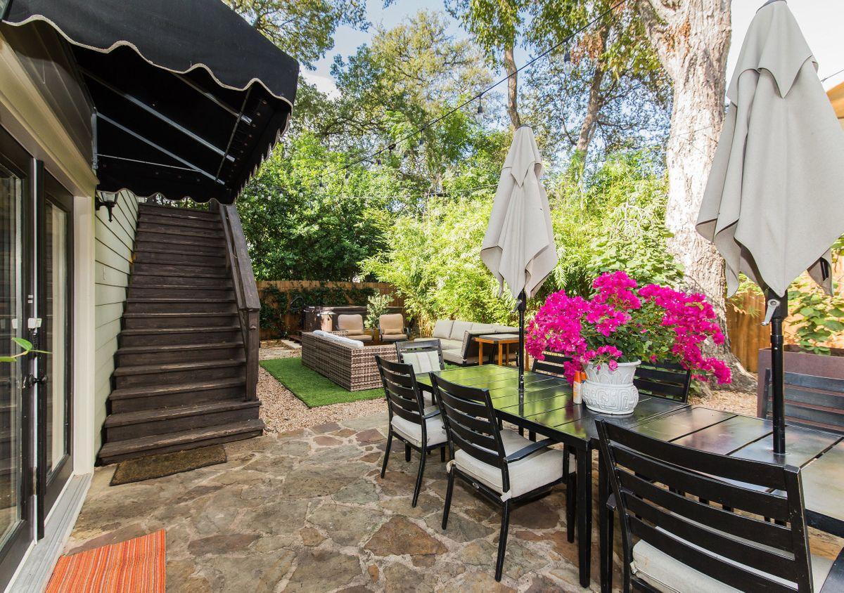 Pemberton Cottage Traditional Home Photo Video Shoot Location Austin 1.jpg