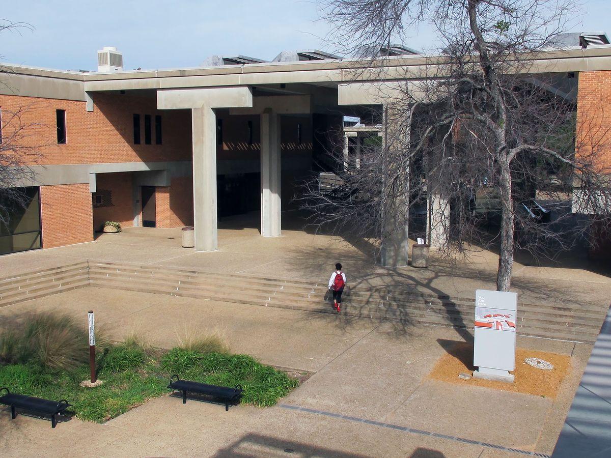 Richland College Photo Video Shoot Location 07.jpg