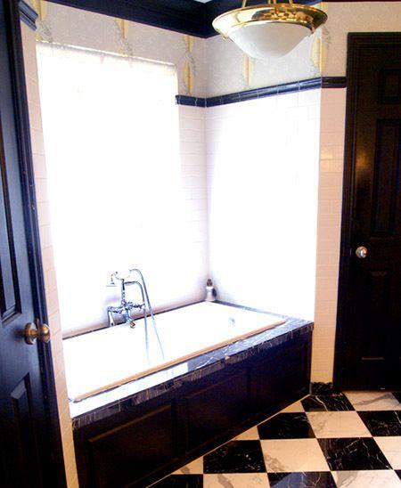 1r22_bathroom_mccoy.jpg